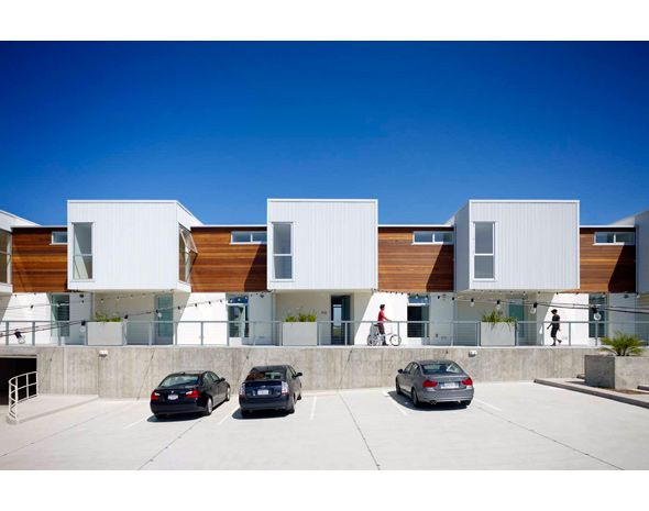 Koning Eizenberg Architecture / Hancock Lofts