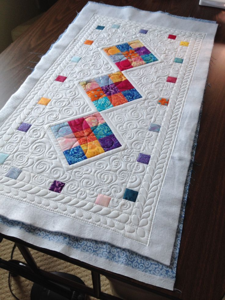 166 Best Images About Quilt Table Runners On Pinterest