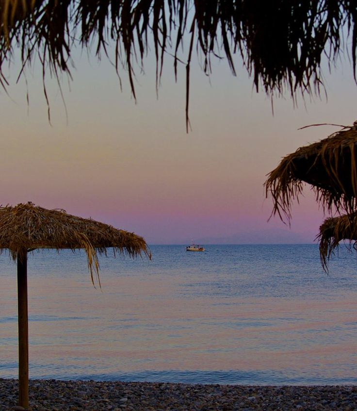 The pebled beach of gia Fotini (also known as Agia fotia among the locals) 10km south of Chios Town