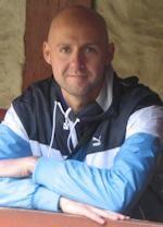 """Jonathan Løw forfatterprofil    Læs om forfatteren Jonathan Løw, der bl.a. har udgivet novellesamlingen """"Hvide hjerte"""""""