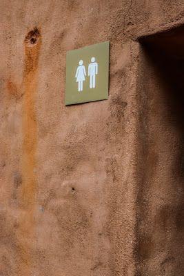 Φωτεινή Μαστρογιάννη: Το Σαβουάρ Βιβρ της Τουαλέτας