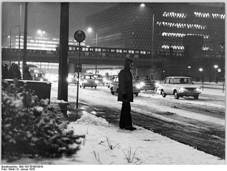 Berlin winter, Strassenverkehr January 1978