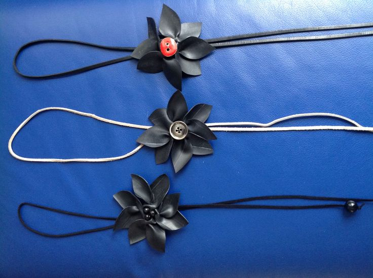 Rubber flower necklaces