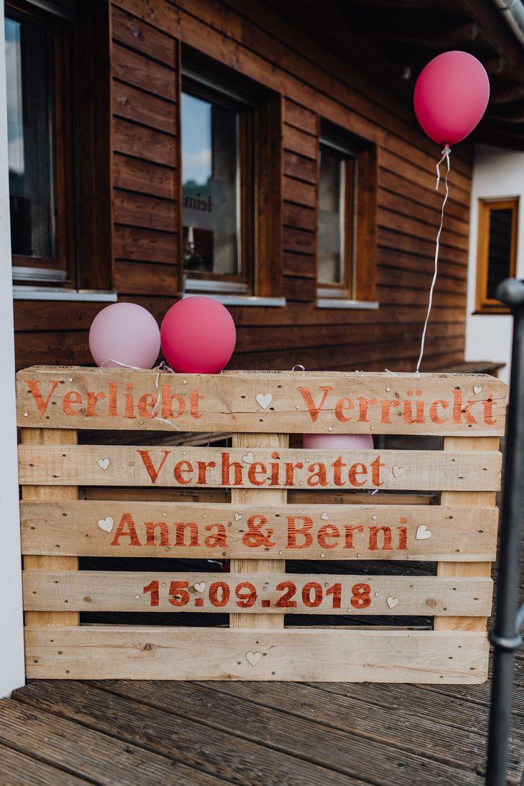 Eine Waldhochzeit auf der Berghütte – Hochzeitsdekoration I Wedding decoration
