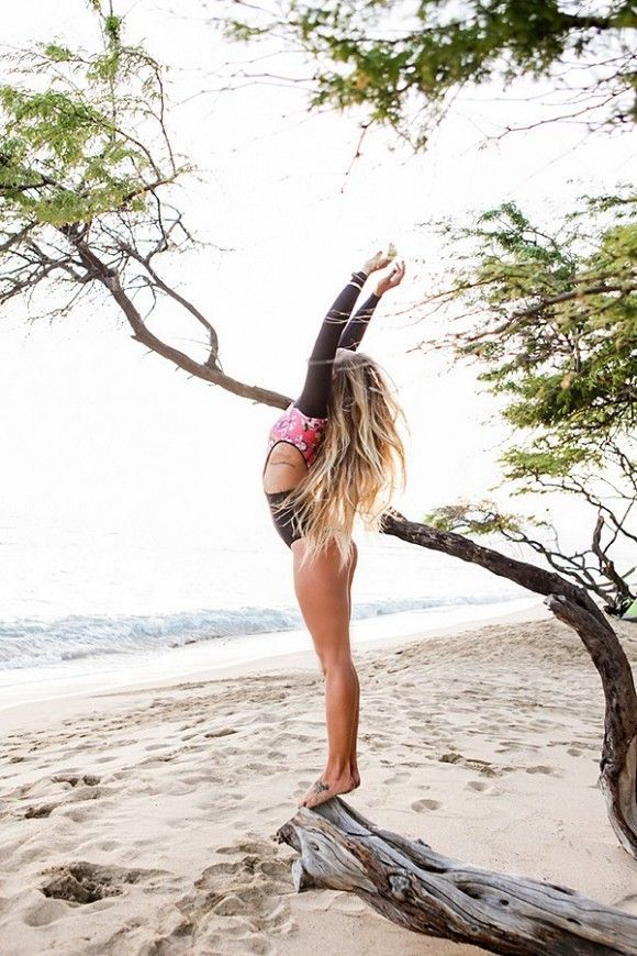 stretch + release // yoga on the beach