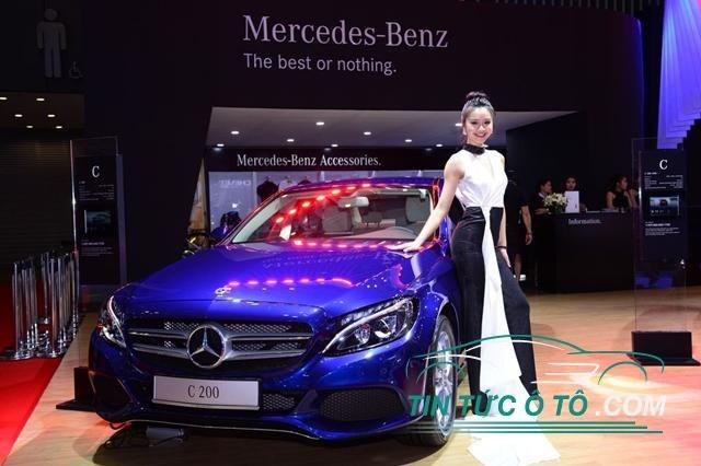 xe Mercedes-Benz C-200