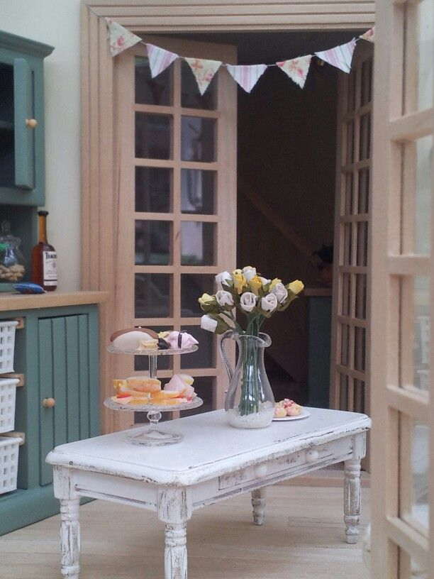 Vintage style conservatory decorations