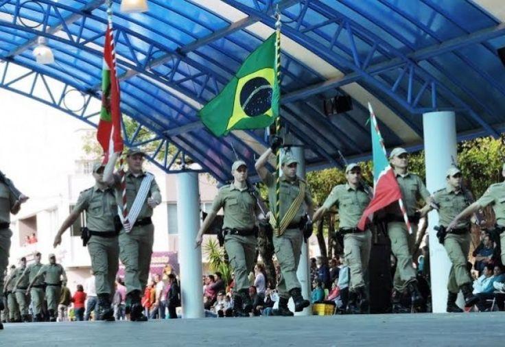 A Fundação Municipal de Cultura de São Miguel do Oeste segue com inscrições abertas para o desfile cívico-militar, no dia 7 de setembro, em São Miguel do Oeste.As entidades interessadas têm at