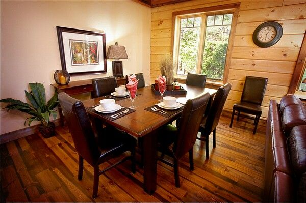 Colonial Concepts Log & Timberframe - White Water Village dining room