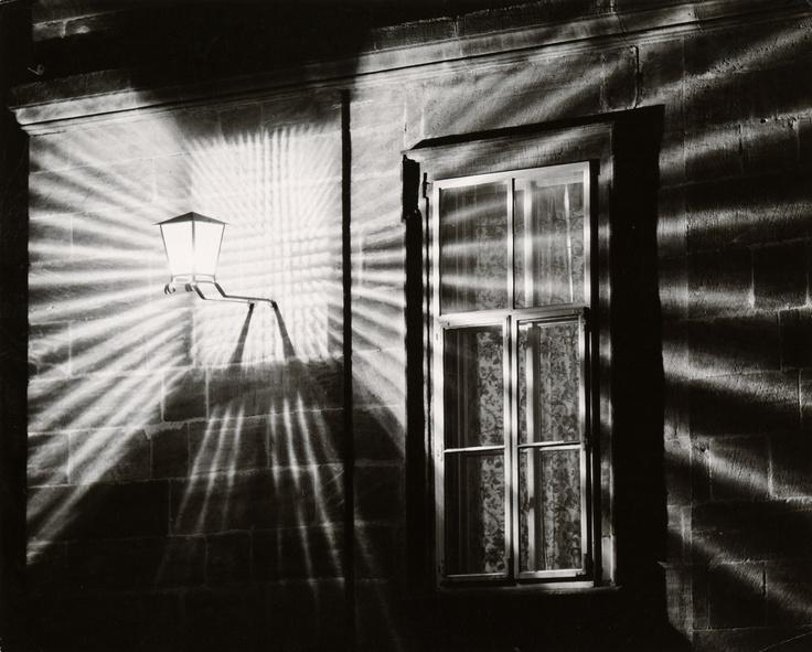 Toni SCHNEIDERS :: Street Corner [STRAßENECKE], 1960