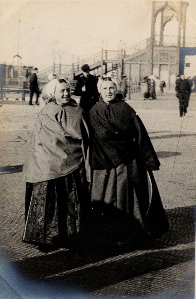 Scheveningen, 15th April 1906 by Edward Linley Sambourne