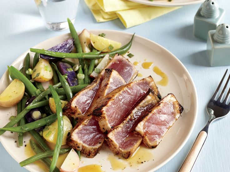 Sustainable Choice. Look for yellowfin tuna caught off the U.S. Pacific or Atlantic coast.