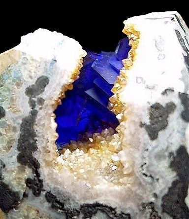 RARE and INCREDIBLE!! The finest, glassiest crystals of Linarite you will ever