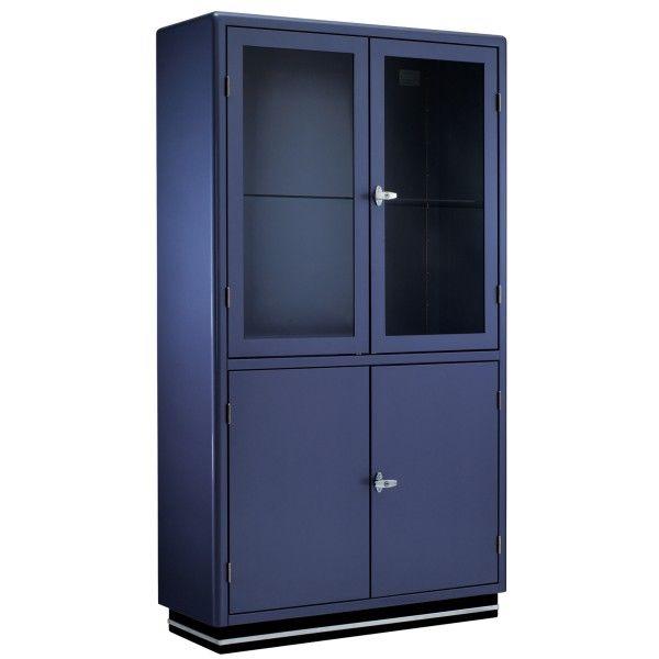 Wat: SB 424-4 vitrinekast Ontwerper/fabrikant: Müller  Herkomst: Duitsland Materiaal: Chroom (metaal), Glas, Staal Prijs: €2.439,-