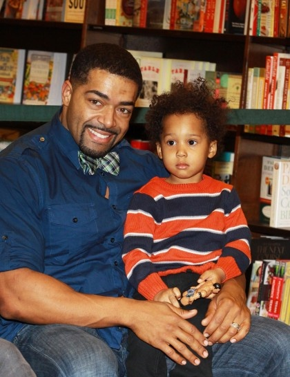 Little David Jr. is one lucky tot. His dad is wrestler David Otunga and mom is singer Jennifer Hudson.