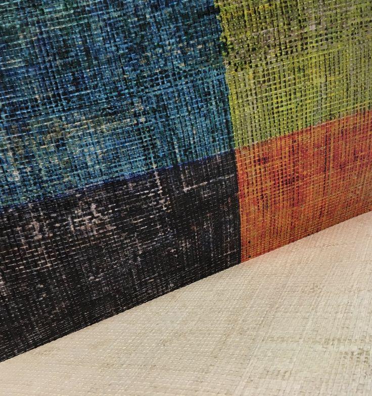 [Idée Déco] ELITIS : Le luxe de la matière est son côté brut... Les Raphias d'ELITIS prennent racines à Madagascar, ils font corps avec la nature et offrent la force de leurs couleurs et la sensualité de leurs fibres. Sur vos murs, leur naturel sauvage transmet cet héritage et la magie opère... à découvrir dans nos magasins !