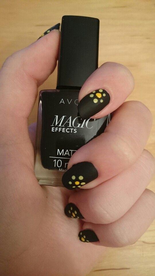 Just tried my new black polish #Love it