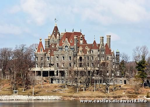 This is my favorite American mansion, as much for it's beauty as for the sad, but sweetly romantic story associated with it.Boldt castle was built on an island in the St. Lawrence river by George Boldt (owner of the Waldorf-Astoria hotel in NYC).