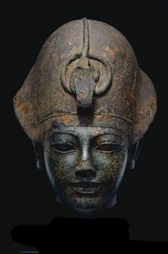 Amenhotep III / Wearing the Blue Crown Egypt, New Kingdom, Dynasty 18, reign of Amenhotep III (c. 1391-1353 BCE)