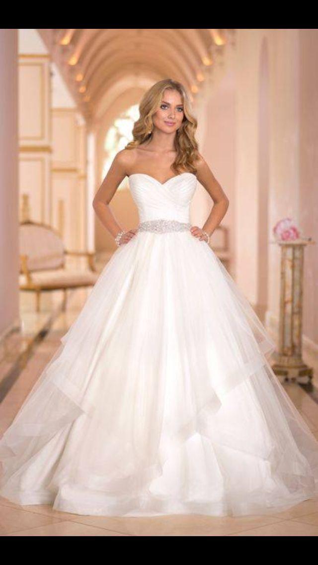 Beautiful Stella York wedding gown