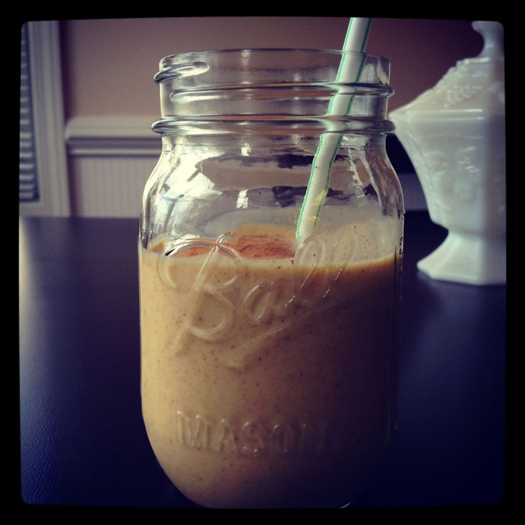 Pumpkin Pie Smoothie [Packed with vitamin A, potassium and fiber. Top each serving with ground flaxseeds or a pinch of nutmeg] #fall #healthy