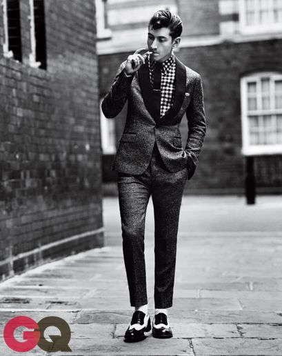 Alex turner gq magazine september 2013 fashion 02
