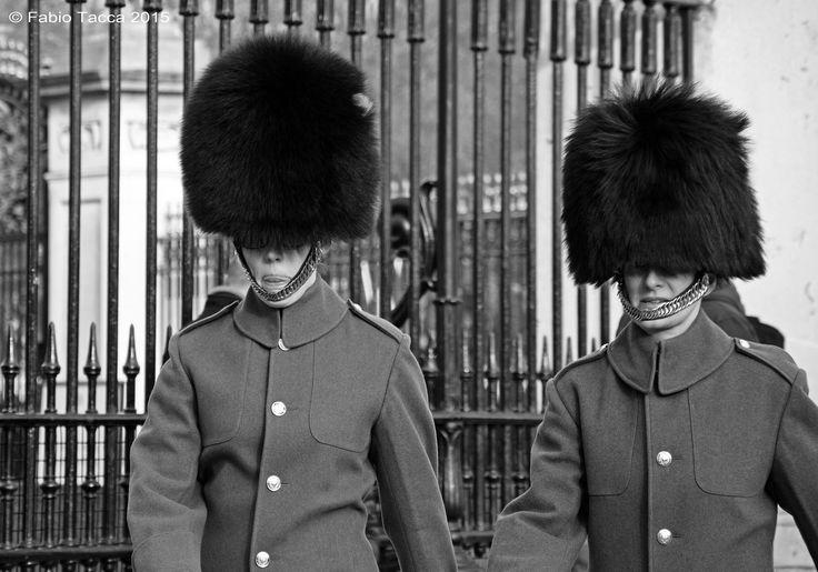 https://flic.kr/p/Df5ChM | Foot Guards | Buckingham Palace