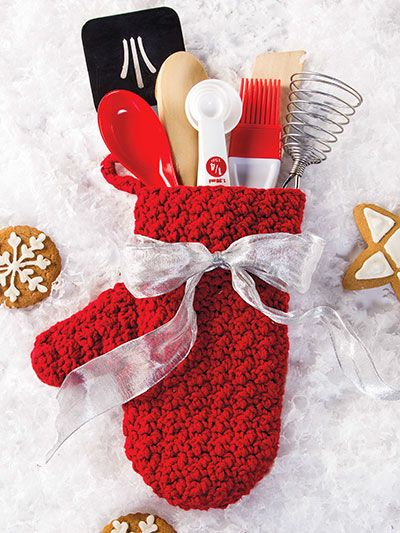 "Hot Mitt Gift Set ~ what a great gift! ~ 4.5"" x 9.5"" ~ med. wt. yarn & a ""G"" hook is all u need ~ easy ~ CROCHET"