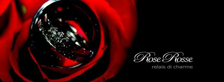 RoseRosse è la cornice ideale per celebrare eventi importanti come matrimoni, cerimonie e ricevimenti di prestigio, meeting e convegni aziendali. La ristoranti cerimonie napoli è situata sulla montagna di Somma Vesuviana, in uno dei posti più belli e panoramici della città di Napoli con le isole di Capri, Ischia e Procida a far da cornice al giorno più importante delle proprie spose.