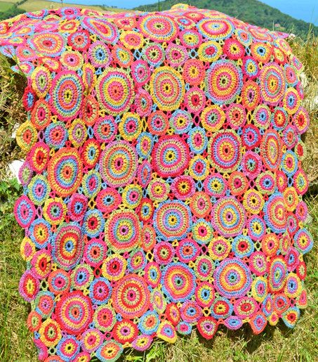 Kissing Circles & Kaffe -  Crochet Afghan/Blankets - PDF CROCHET PATTERN etsy $5.36