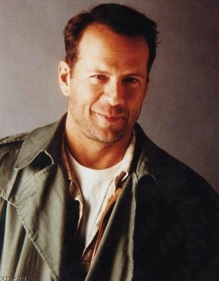 Bruce Willis circa The Moonlighting Days....love!
