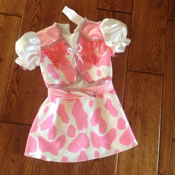 Cowgirl dress up dress size 2t Adorable little girls cowgirl dress up outfit. Size2T Other