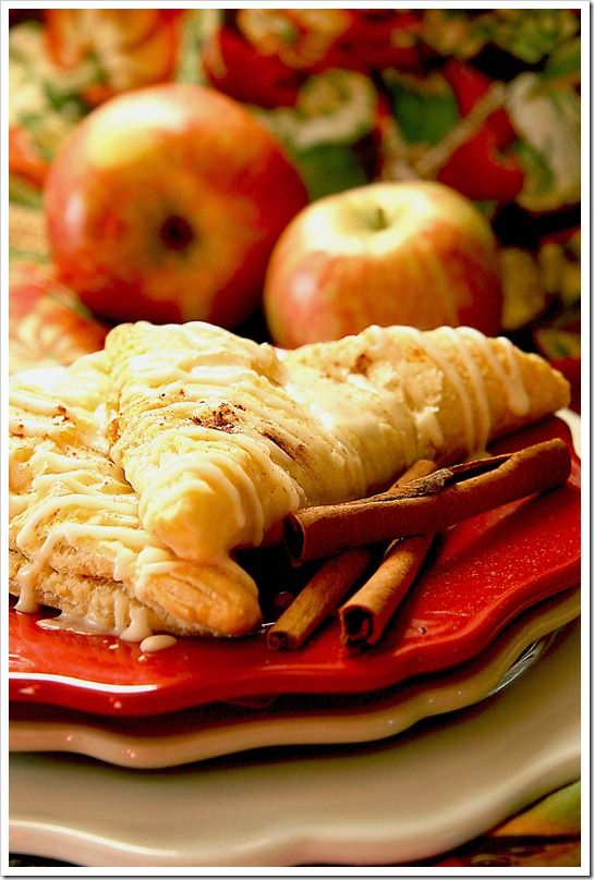 Caramel Apple & Pumpkin Turnovers: Special Savory, Apples Pumpkin, Recipe, Breakfast, Puff Pastries, Fall Treats, Apples Turnovers, Pumpkin Turnovers, Caramel Apples