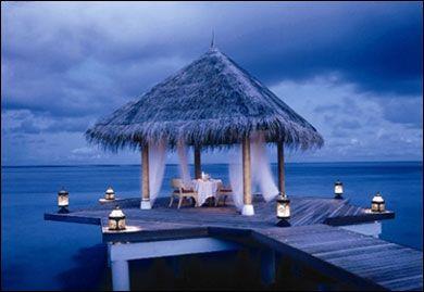 Google Image Result for http://www.vancouverfamilyfun.com/wp-content/uploads/2011/10/Most-Romantic-Honeymoon-Destinations.jpg