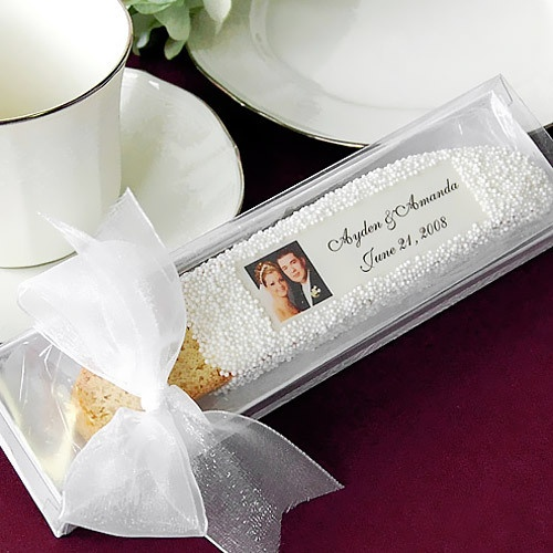 OMG! an Italian wedding favor!! Personalized Photo Biscotti by Beau-coup