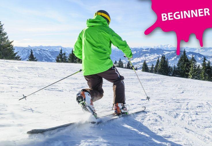 #Telemark Kurs für Anfänger - Reit im Winkel. Seit einiger Zeit erlebt das #Telemarken einen neuen Trend bei Skifahren.  Beim Telemarken kniet der Fahrer auf dem bergseitigen Ski indem er die Ferse des hinteren Fußes hochhebt und den Talski nach vorne schiebt. Der Basic Telemarkkurs ist für Anfänger und Umsteiger geeignet, die neue Herausforderungen suchen! Wir zeigen dir die Technik und üben in einfachem Gelände den Telemarkschritt. Bei Royalticket buchen!