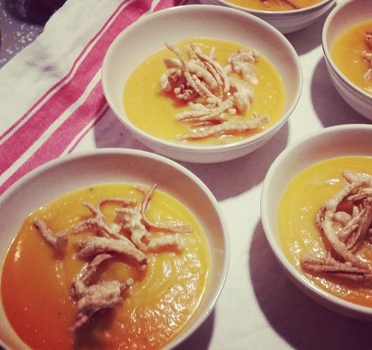 Crema di zucca e pasta soffiata