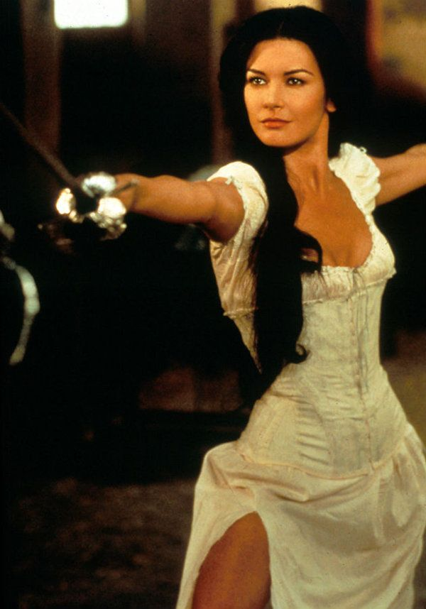 Catherine-Zeta-Jones-Zorro-1999. | People I Like | Pinterest