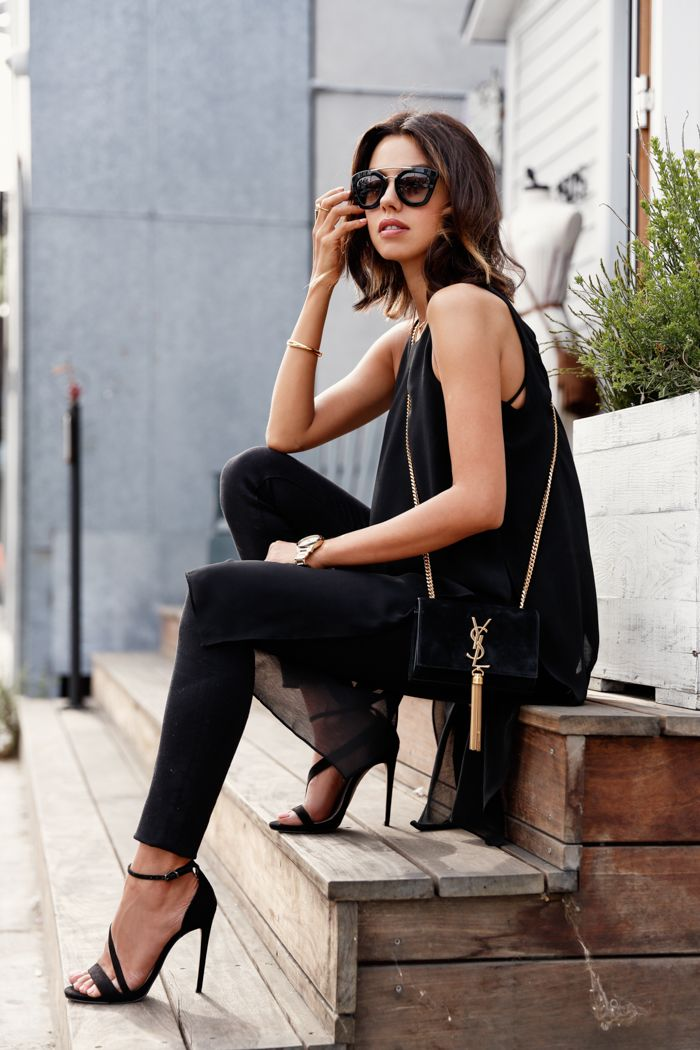 black outfit with cute sunglasses
