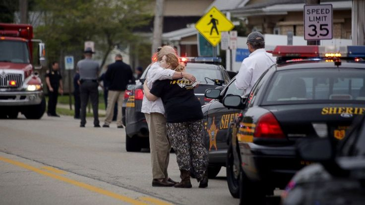 Police chief killed in Ohio was father of 6 -      A police chief who had been on the job for just a few weeks and two  nursing home  employees are dead after a shooting this morning in Kirkersvil... See more at https://www.icetrend.com/police-chief-killed-in-ohio-was-father-of-6/