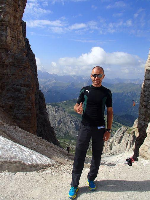 Rifugio Forcella Pordoi (2.829) in Dolomites