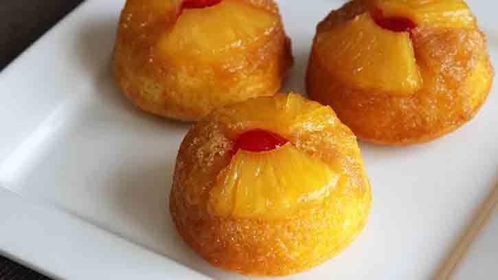 Here's a twist for turning a crowd-pleasing classic dessert into fun individual treats!  Betty Crocker recipe