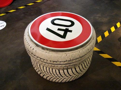 tire plus euro speed sign