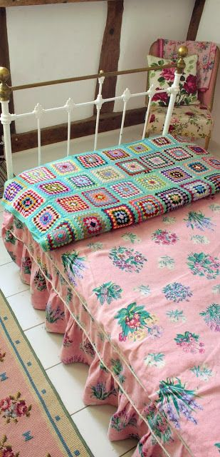 www.eyefordesignlfd.blogspot.com: Decorating With The Granny Square Afghan What a cute idea for a little girl's room! <3