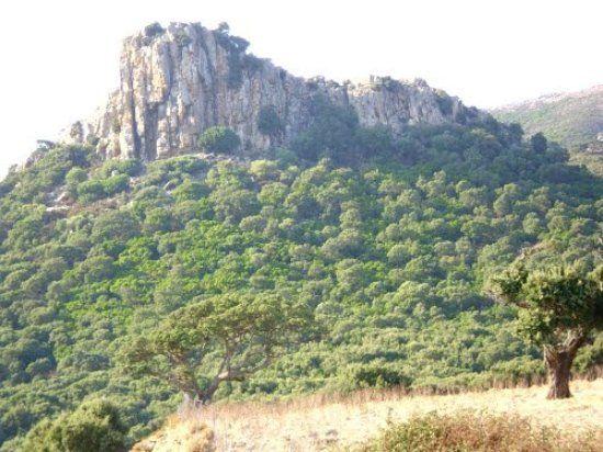 Arbus la roccia del castello