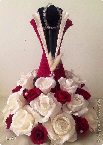 Свит-дизайн 8 марта Свадьба Бумагопластика Бутылочка на праздник Бумага гофрированная фото 2
