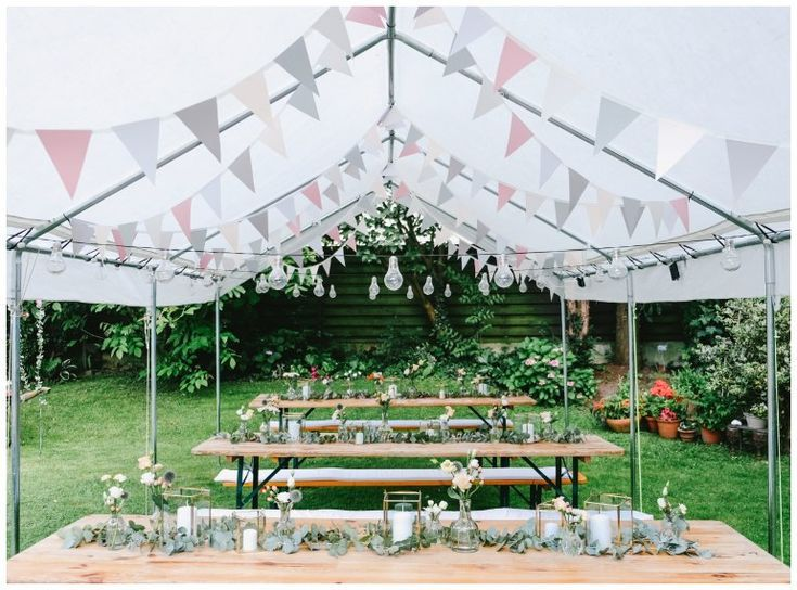 Garden Party For Your 30th Birthday With Great Surprises 30th Birthday Garden Great Party Gartenparty Deko Geburtstag Party Garten Geburtstag Dekoration