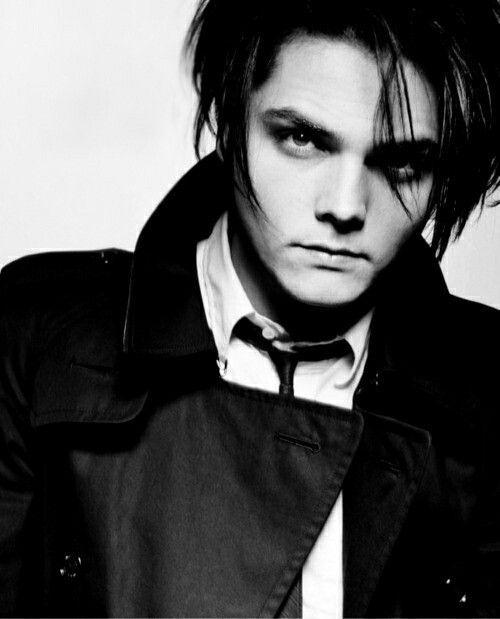 25+ best ideas about Gerard way on Pinterest | Gerard way ...