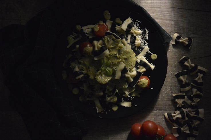 BLACK 'N' WHITE PASTA WITH BASIL PESTO | MyFitnessPal.com