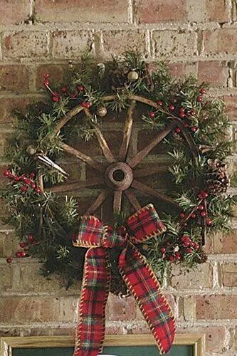 Holiday Christmas wreath wagon wheel